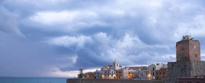 il castello svevo (Renato Corradi)